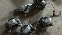 Suport tampon motor AUDI A5 8T 2.0 tdi 2009 2010 2...