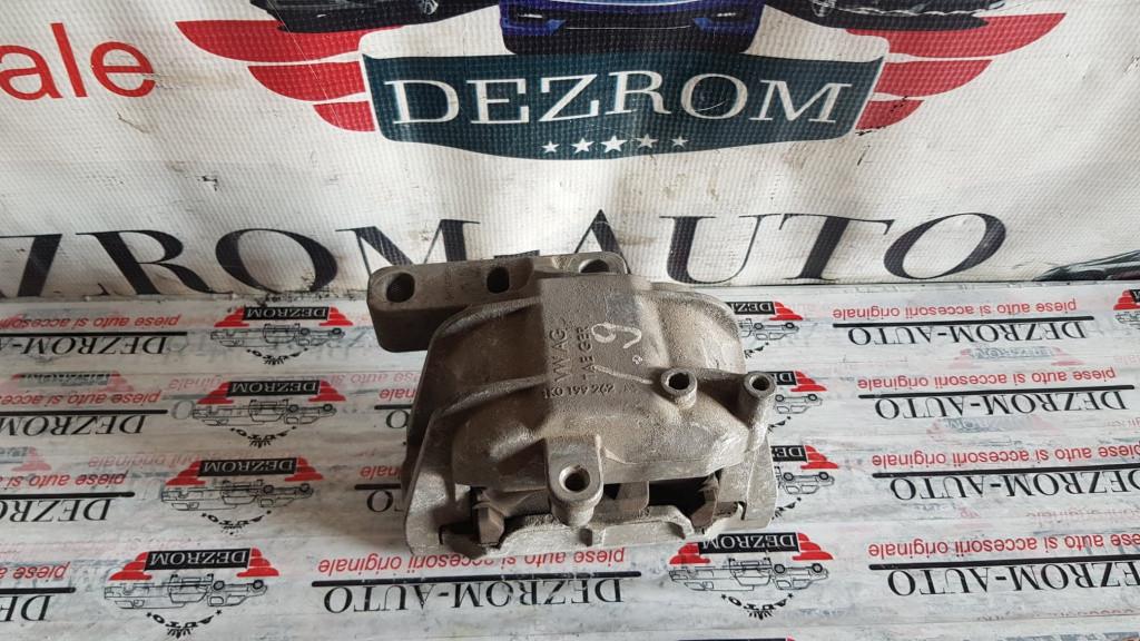 Suport / Tampon motor dreapta VW Touran I 1.9 TDi 100 cai motor AVQ cod piesa : 1K0199262AS
