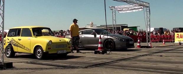 Surpriza de la DRAG: Un Trabant face de rusine un Nissan GT-R modificat!