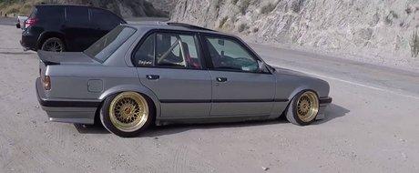 Suspensie pe aer, TURBO sub capota si roll cage in locul banchetei spate. Cum arata masina care infurie puristii BMW