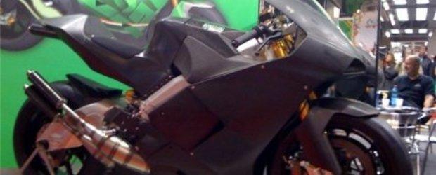 Suter SRT 500 V4 - motocicleta GP pentru (aproape) orice buzunar