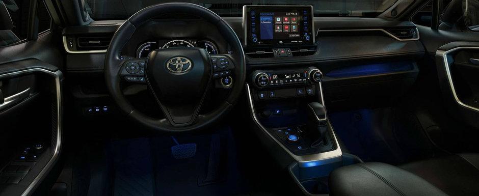 SUV-ul bun la toate a primit o noua generatie. RAV4 este mai agresiv si mai bun in off-road ca oricand
