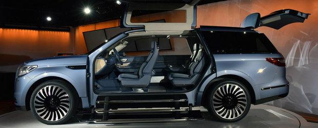SUV-ul cu care Lincoln vrea sa cucereasca lumea. Are portiere gullwing si scaune individuale