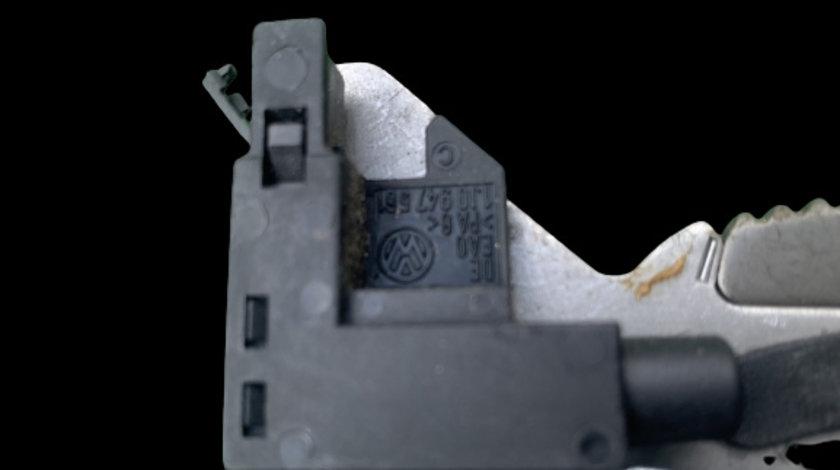Switch maneta frana de mana Skoda Octavia prima generatie [facelift] [2000 - 2010] Liftback 5-usi 1.9 TDI MT (110 hp)