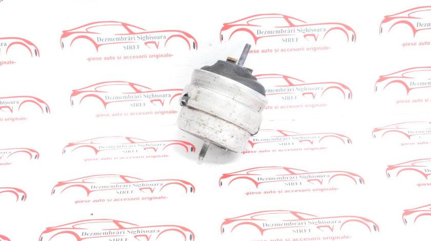 Tampon motor Audi A4 B7 2.0 TDI 8E0199382K 617