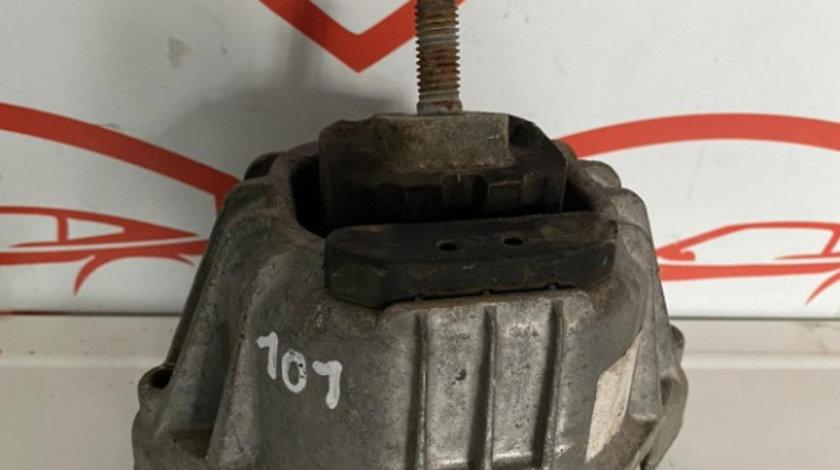 Tampon Motor Dreapta 13981112 BMW Seria 3 E90 2.0 d
