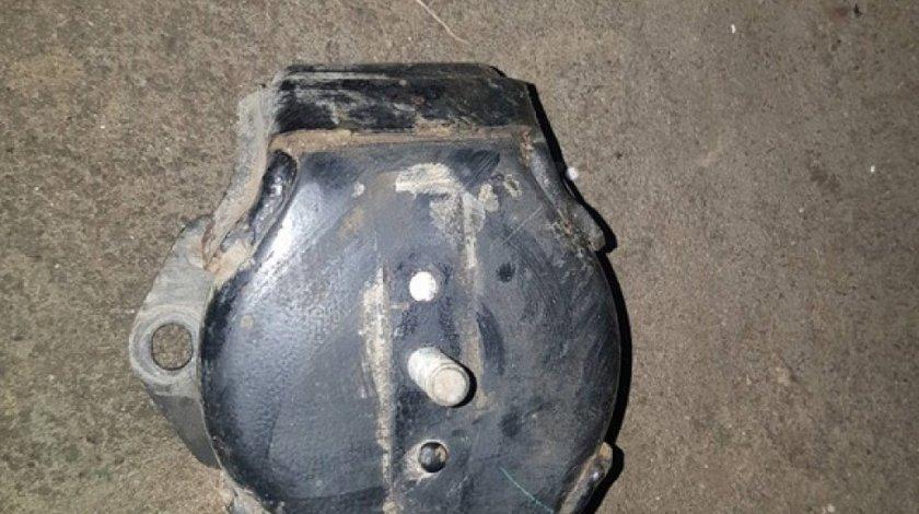 Tampon motor dreapta mitsubishi pajero IV 3.2 DI-D 2007-2012