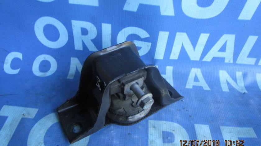 Tampon motor Renault Clio 1.5dci;8200140431