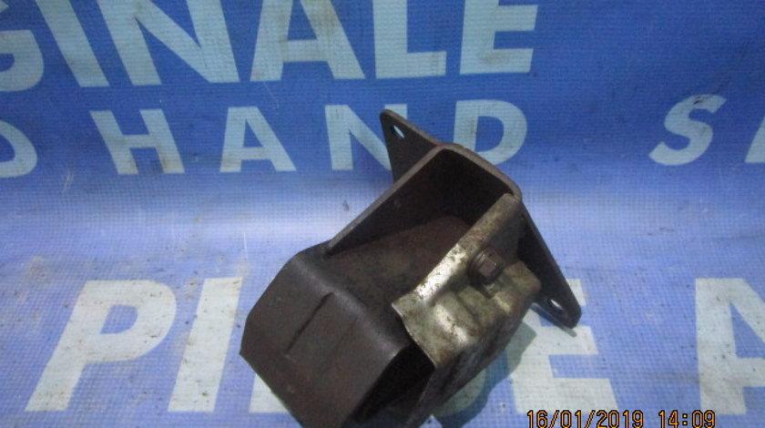Tampon motor Ssangyong Rodius 2.7xdi; 2072021001