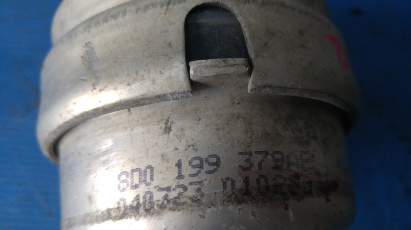 Tampon motor vw passat b6 audi a4 b6 2.4 b 8d0199379e