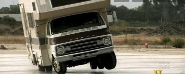 Tanner Foust, de la Top Gear USA, poate face drift chiar cu orice masina?