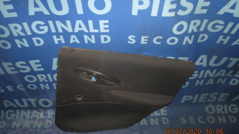 Tapiterie Fiat Punto; 735244566 // 735244565 (spate)