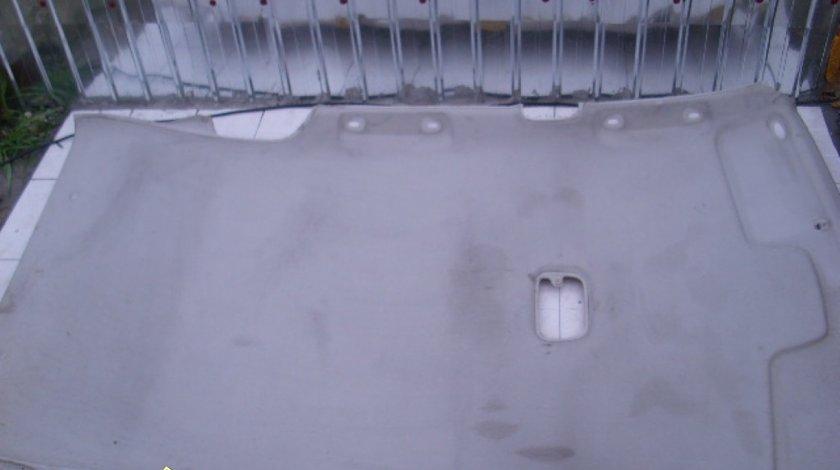 Tapiterie plafon Mazda 323F
