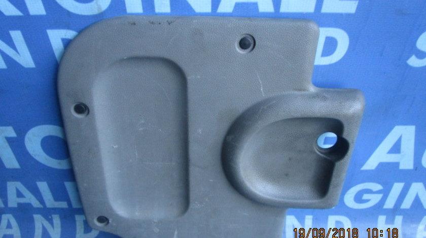 Tapiterie Renault Kangoo; 7700304753 // 7700304754 (portiera)