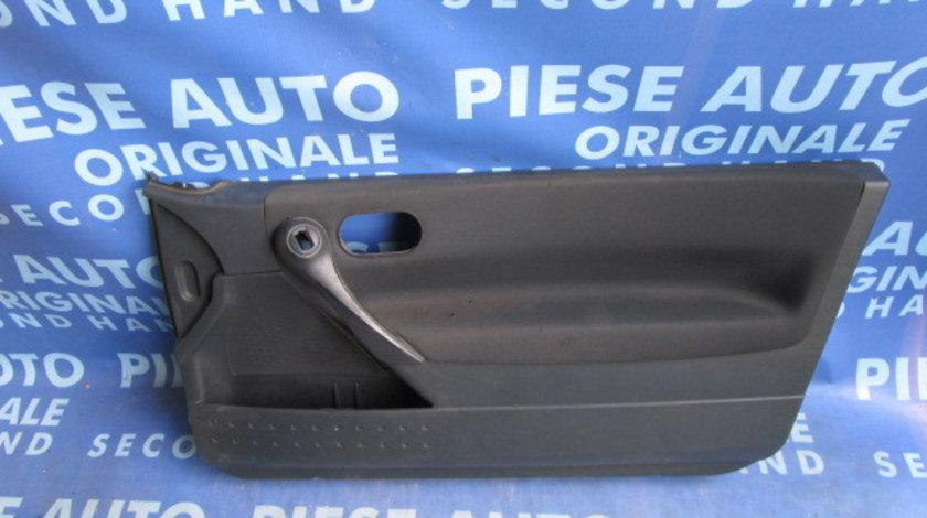 Tapiterie Renault Megane (portiere); 3-hatchback