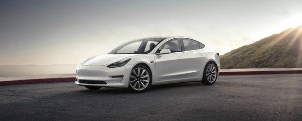 Tesla a facut anuntul asteptat de toata lumea. Uite cand apare versiunea cu doua motoare a noului Model 3
