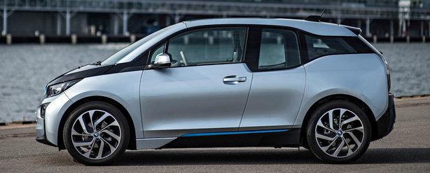 """Tesla ataca noul BMW i3: """"Arata ca o piesa de mobilier"""". Tu ce parere ai?"""