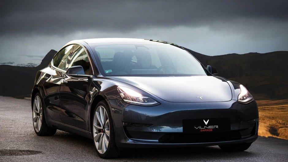 Tesla Model 3 de la Vilner