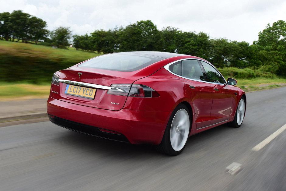 Tesla Model S 100 D