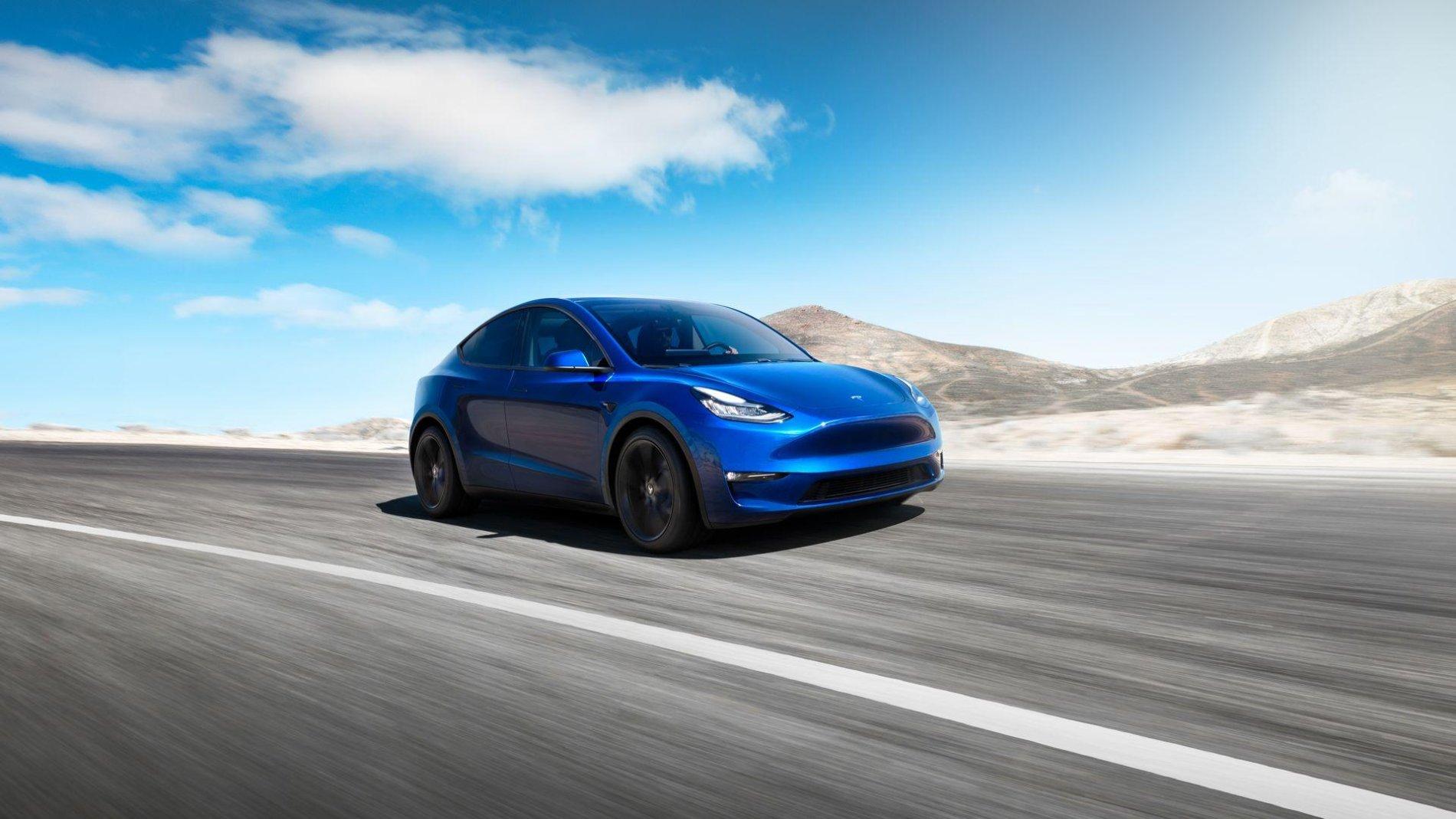 Tesla Model Y - Tesla Model Y