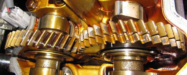 Test Auto: ce stii despre uleiul de motor?