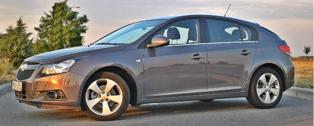 Test Drive 4Tuning: Chevrolet Cruze hatchback, plurivalent absolut