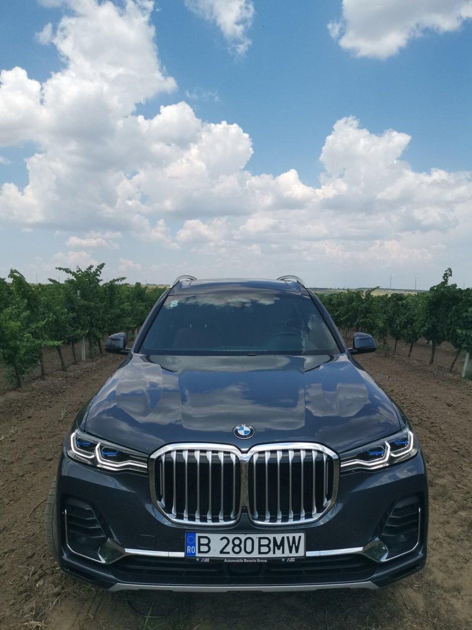 Test Drive BMW X7 xDrive40i