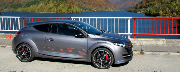 Test Drive Renault Megane RS 2012 - etalonul hot-hatch