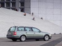 Click image for larger version  Name:Volkswagen-Passat_Variant_2000_1600x1200_wallpaper_04.jpg Views:16 Size:411.3 KB ID:2326297