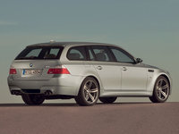 Click image for larger version  Name:bmw-m5-touring-07.jpg Views:230 Size:98.5 KB ID:199075