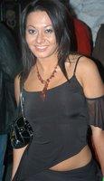 Click image for larger version  Name:Sandra_Romain_lf.jpg Views:1321 Size:26.7 KB ID:1110150