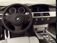 Click image for larger version  Name:bmw-m5-touring-09.jpg Views:355 Size:130.7 KB ID:199077