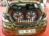 Click image for larger version  Name:istanbul-tuning-show-2006-0541.jpg Views:103 Size:82.2 KB ID:113622