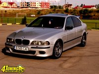 Click image for larger version  Name:BMW-M5-M5-individual-full-option.jpg Views:599 Size:196.6 KB ID:2392831