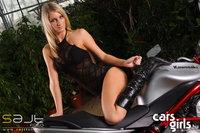Click image for larger version  Name:CarsAndGirls_yvett_5.jpg Views:63 Size:145.9 KB ID:1759079