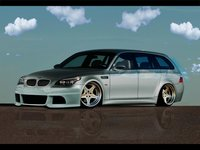 Click image for larger version  Name:BMW M5 Touring E61 (1).jpg Views:35 Size:161.0 KB ID:2993379