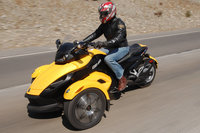 Click image for larger version  Name:Can-Am_Spyder_left_urban.jpg Views:167 Size:170.4 KB ID:1741276