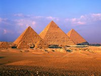 Click image for larger version  Name:Pyramids_of_Giza_Egypt.jpg Views:52 Size:520.4 KB ID:1766181