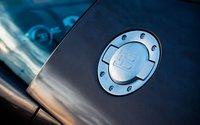 Click image for larger version  Name:112_0906_21z+Bugatti_veyron_grand_sport+filler_cap.jpg Views:2277 Size:38.8 KB ID:967972