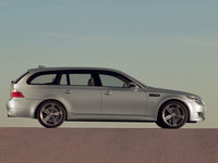 Click image for larger version  Name:bmw-m5-touring-03.jpg Views:164 Size:91.8 KB ID:199071
