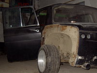 Click image for larger version  Name:suicide doors dacia 1100.jpg Views:482 Size:126.5 KB ID:1107140