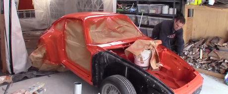 Ti-ai lasa masina pe mainile lui? Tipul ASTA si-a construit un Porsche in garajul din curte