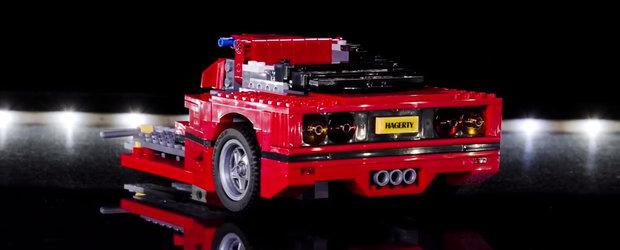TIMELAPSE: Construirea unui Ferrari F40 din LEGO.