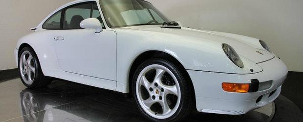 Timpul s-a oprit in loc pentru acest Porsche 993. Masina germana   are doar 4.806 km la bord