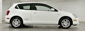 Tinuta in puf in ultimii 17 ani, aceasta Honda Civic se vinde acum pe internet. Cat costa