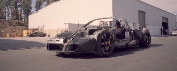 Tipul asta e o LEGENDA. A scos pe strazi un Porsche Carrera GT fara caroserie!