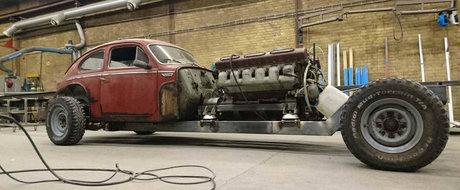 Tipului ASTA nu ii pasa de consum. Lucreaza la o masina cu motor V12 de 38.8 litri