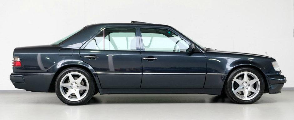 """Toata lumea are un soc cand vede interiorul acestui Mercedes construit de Porsche. """"Chiar este original?"""""""