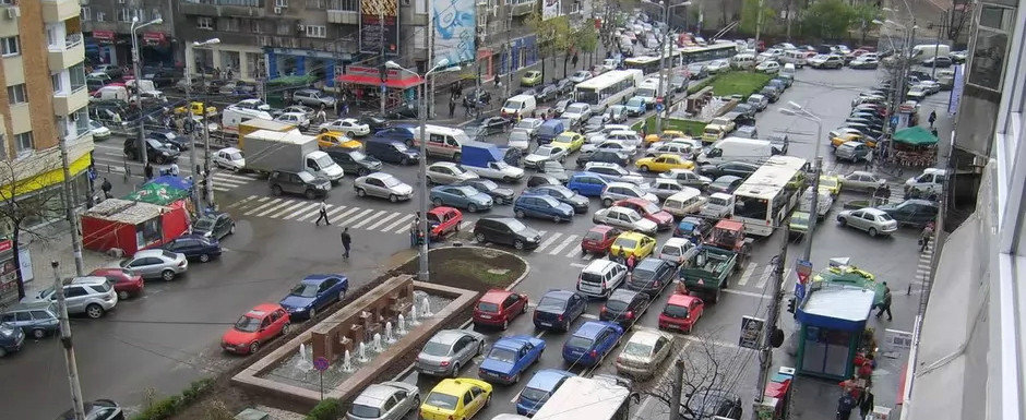 Toate masinile sub Euro 5 vor plati o taxa ca sa poata circula prin Bucuresti. Pana la 1900 lei pe an sau amenda de 2000 lei