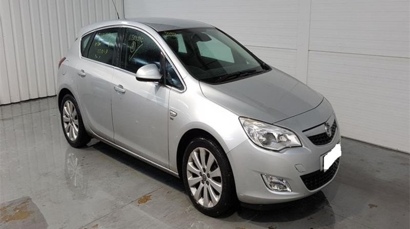 Toba intermediara Opel Astra J 2010 Hacthback 1.3 CDTi